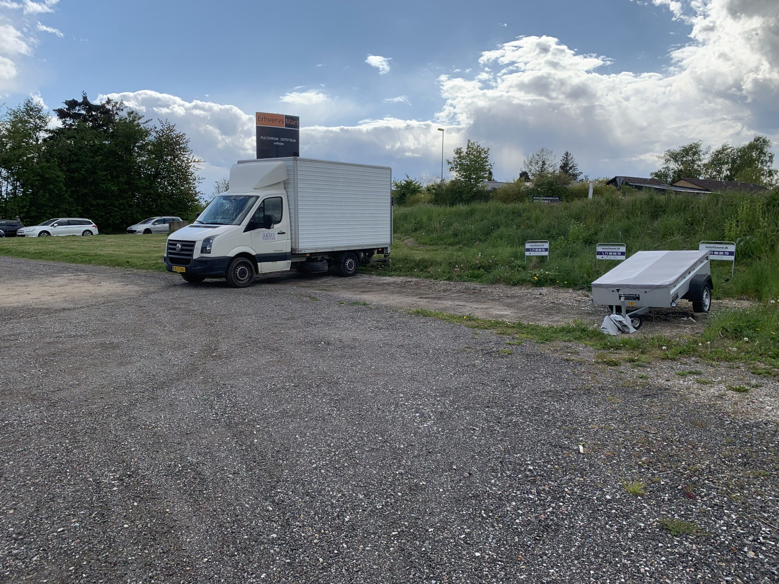 Parkering ved InstallSound.dk på Nydamsvej 1, 8362 Hørning